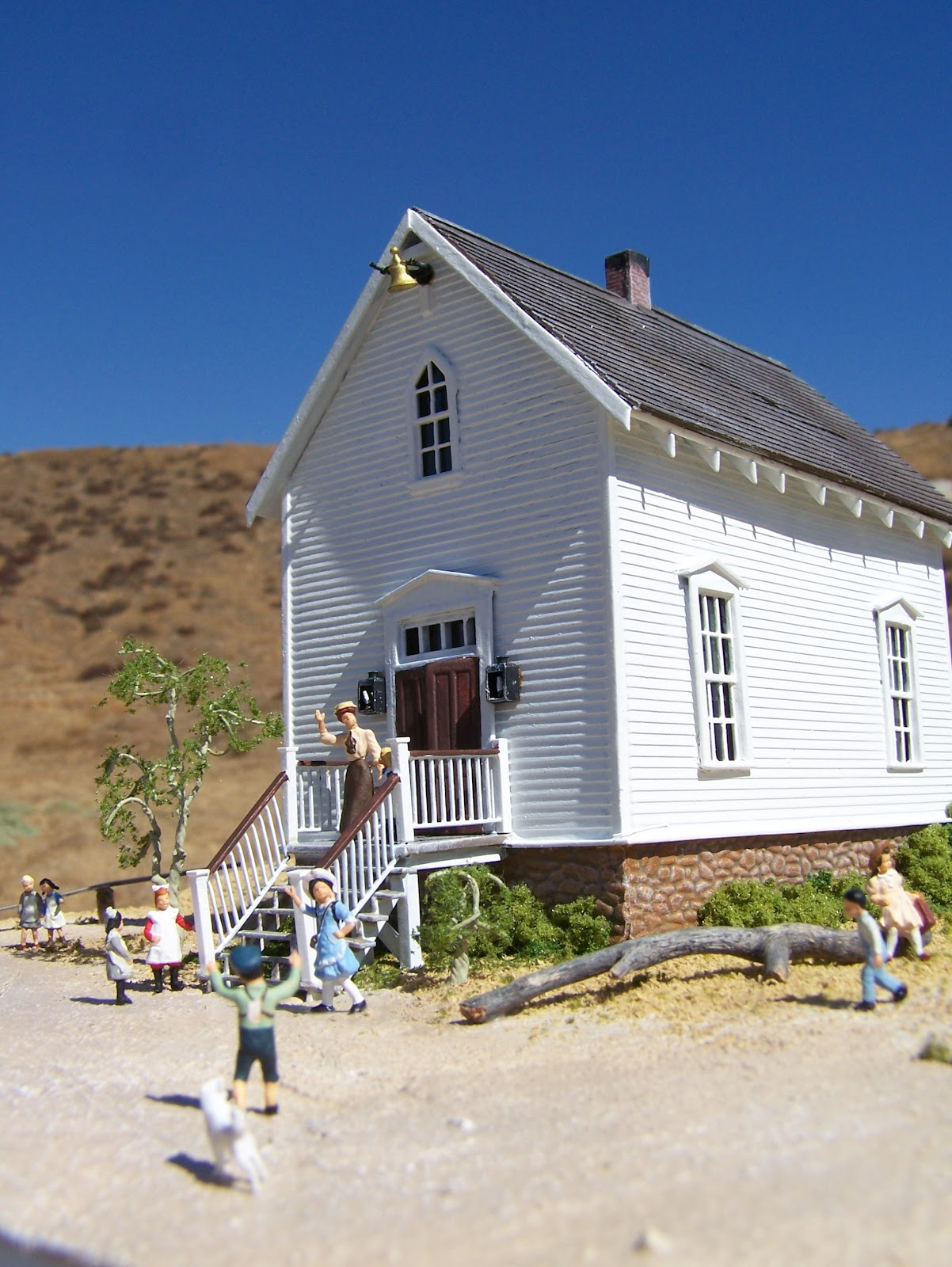 WALNUT GROVE SCHOOL HOUSE MODEL from Little House on the Prairie TV series